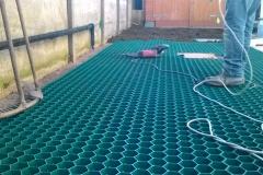 Creazione manto erboso rinforzato